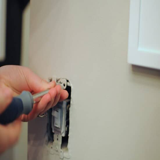 Connecting light switches - Urgent